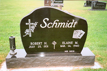 Standard Monument 6 -  Schmidt