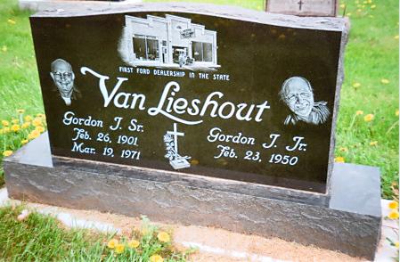 Portrait 9 - Van Lieshout